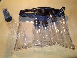 Plastiktasche incl. Fläschchen mit max. 80ml Fassungsvermögen