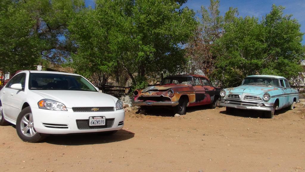 Eines davon ist unser Mietwagen... tatet mal, welcher???